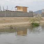Santiago.- Construyen Escuela Al Lado Canal De Reguio